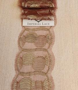 Bordo ar zeltu smalkā Franču mežģīnes maliņa