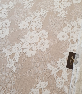 Off White  guipure with chantilly pattern lace fabric
