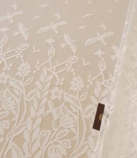 Ziloņkaula puķaina Chantilly mežģine