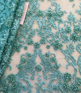 Zaļa 3D ziedu raksta mežģīņu audums