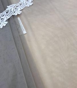 Pistācijas krāsas tilla audums