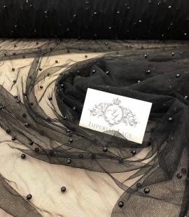 Melns tilla audums ar melnām pērlēm