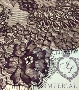 Violeta Chantilly mežģīne