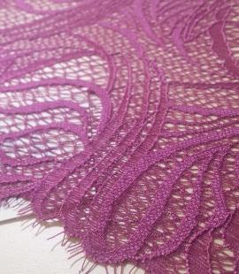 Tumši violeta mežģīne
