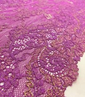 Violets ar zeltu elastīga mežģīnes maliņa