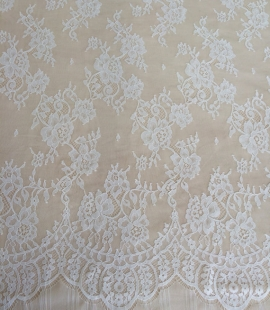 Ivory floral chantilly lace