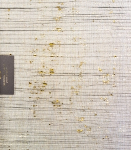 Melns gofrēts tilla audums ar zelta foliju