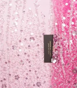 Rozā ombre pērļots izšuvums uz tilla auduma