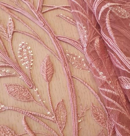 Aveņu rozā lapu rakstu izšuvumi ar fliteriem uz mīksta tilla auduma. Photo 2