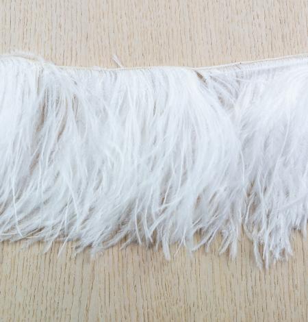 Piena baltas maigas dabīgas strausa spalvas. Photo 6