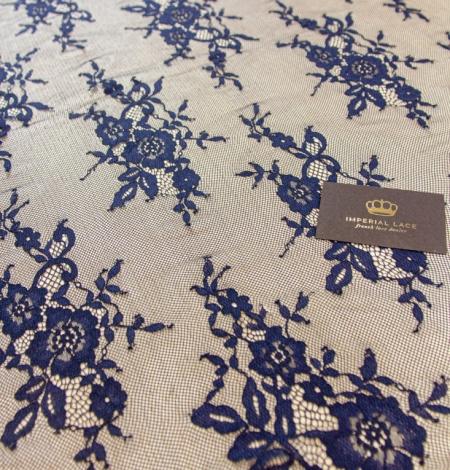 Tumši zila ziedu raksta chantilly mežģīņu audums. Photo 5