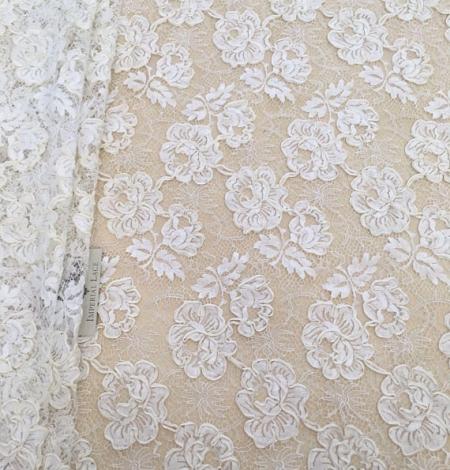 Ivory French lace fabric. Photo 4