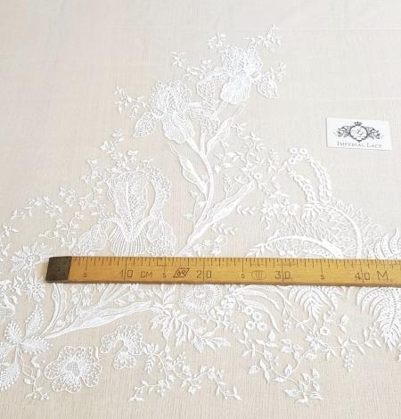Imperial Lace ziedu organisks izšuvums uz tilla auduma. Photo 11