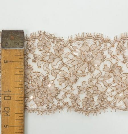 Gaiši brūna ar roku pēļotas Franču chantilly mežģīņu mala. Photo 7
