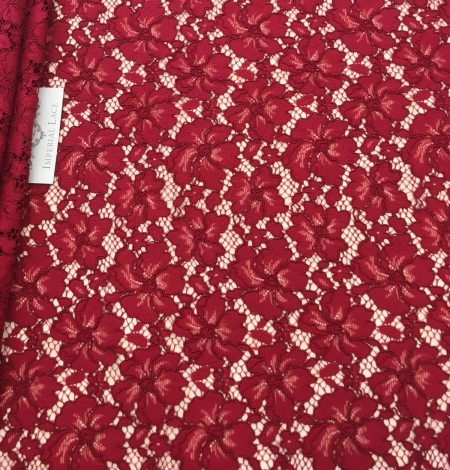 Red lace fabric. Photo 3