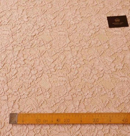 Light old rose guipure lace fabric. Photo 9