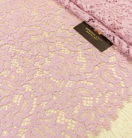 Gaiši rozā ziedu raksta guipure mežģīņu audums. Photo 2