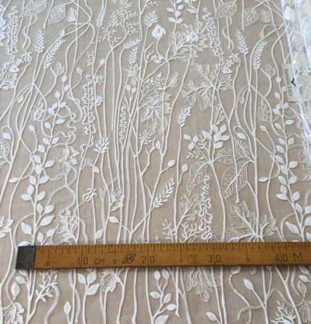 Ziloņkaula organisks ziedu izšuvums uz ttilla auduma. Photo 10