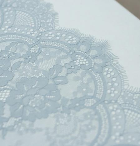 Baložu zils ziedu raksta chantilly mežģīņu audums. Photo 5