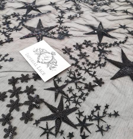 Menls zvaigžņu izšuvums ar fliteriem uz tilla auduma. Photo 4
