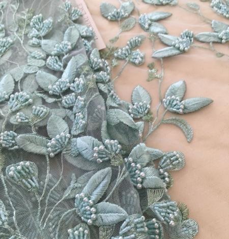 Piparmētru zaļš organisks lapu raksta izšuvums mežģīņu audums. Photo 6