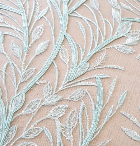 Tiffany zils lapu raksta izšuvums uz tilla auduma. Photo 3