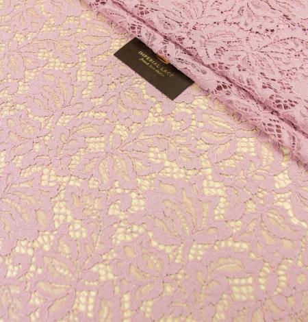 Gaiši rozā ziedu raksta guipure mežģīņu audums. Photo 3