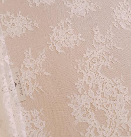 Piena Balta puķaina plāna mežģīne. Photo 7