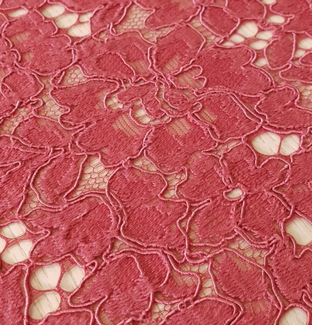 Rasberry pink 100% polyester floral guipure lace fabric. Photo 3