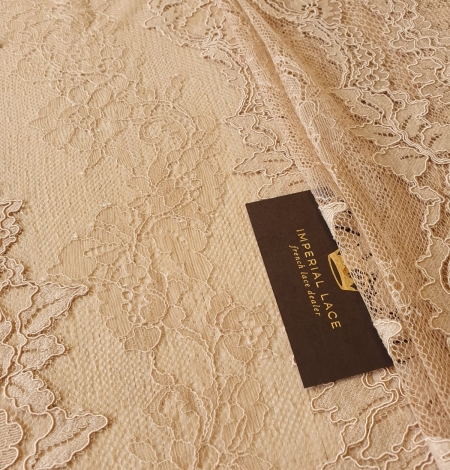 Light brown guipure with chantilly lace fabric. Photo 3