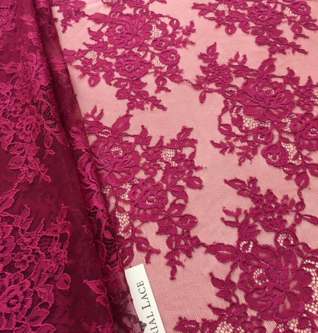 Raspberry red lace fabric. Photo 2