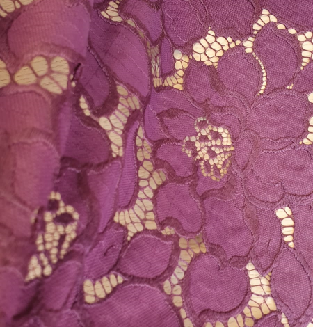 Plum lilac lace fabric. Photo 4
