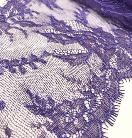 Violeta smalka mežģīne. Photo 1