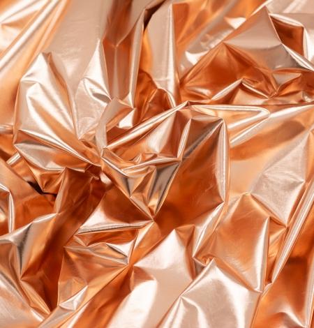 Bronzas krāsas spīdīgs lietusmēteļa audums. Photo 5
