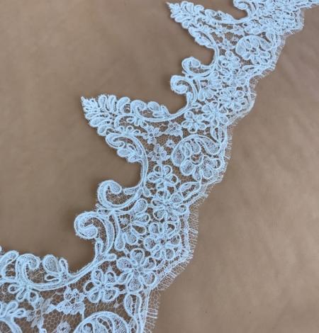 Balta kāzu mežģīnes maliņa. Photo 3