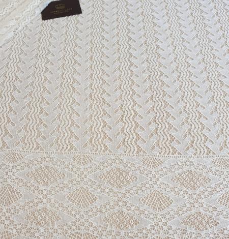 Ivory cotton 95% chantilly lace fabric. Photo 4