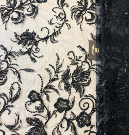 Melns pērļots romantisks izšuvums uz tilla auduma. Photo 1