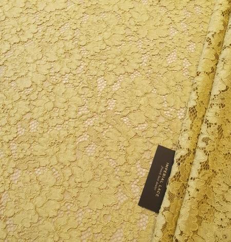 Pistachio green guipure lace fabric. Photo 2