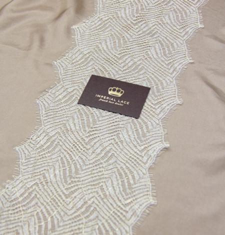 Ziloņkaula ar zelta diegu organisks raksta chantilly mežģīņu apdare. Photo 9