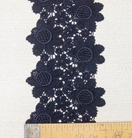 Melna ziedu raksta macrame mežģīņu mala. Photo 8