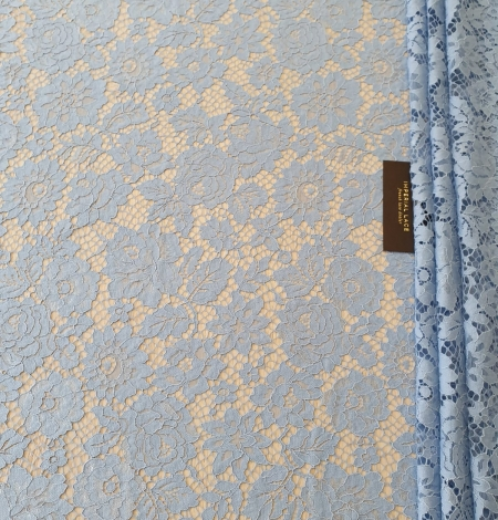 Light blue floral pattern guipure lace fabric. Photo 5