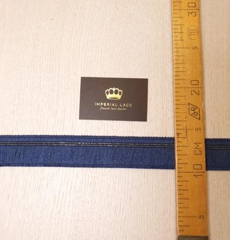 Zila diegu lenta ar metāla deteļām aplikācija. Photo 5