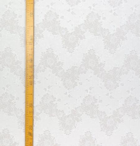 Ziloņkaula chantilly ar audumu mežģīne. Photo 3