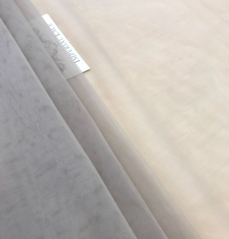 Pistācijas krāsas tilla audums. Photo 7