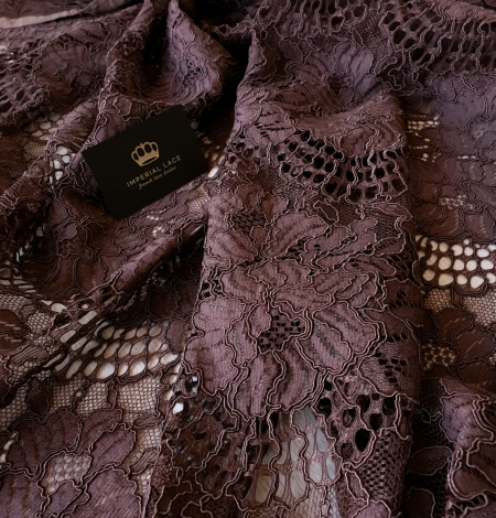 Brown floral guipure lace fabric . Photo 3