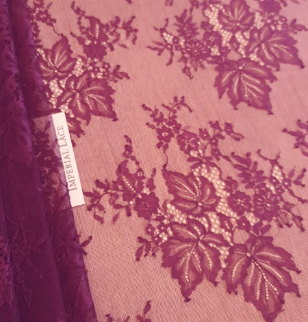 Ceriņu puķaina Chantilly mežģīne. Photo 8