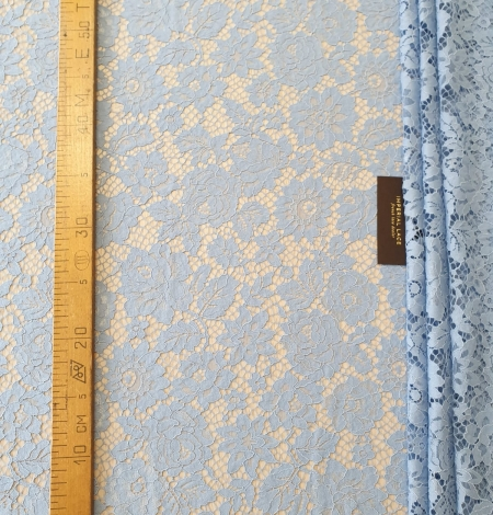Light blue floral pattern guipure lace fabric. Photo 7
