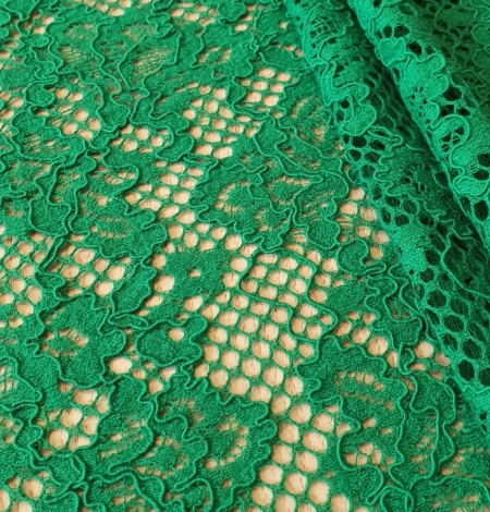 Green guipure lace fabric. Photo 2