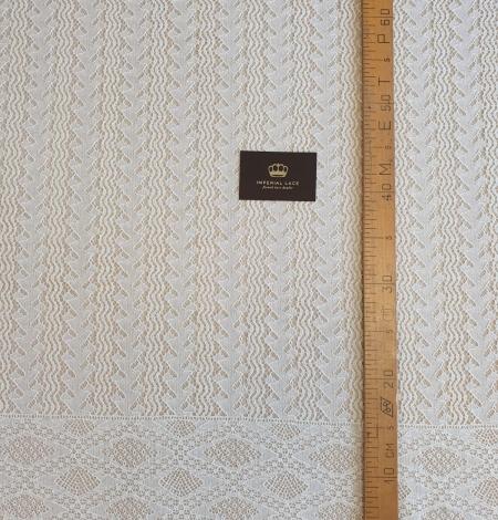 Ivory cotton 95% chantilly lace fabric. Photo 8