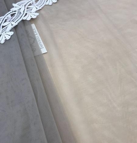 Pistācijas krāsas tilla audums. Photo 1